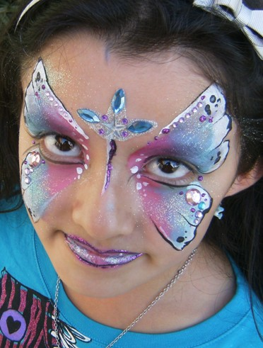 Face  Painting Butteries in Claremont, La Verne, San Dimas, Upland, Glendora, Montclair, Pomona, Azusa, Rancho Cucamonga, Chino and Fontana for Children's Parties, Meetings and Events