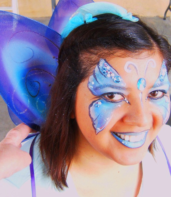 Face Painter Painting Butteries in Claremont, La Verne, San Dimas, Upland, Glendora, Montclair, Pomona, Azusa, Rancho Cucamonga, Chino and Fontana for Children's Parties, Meetings and Events
